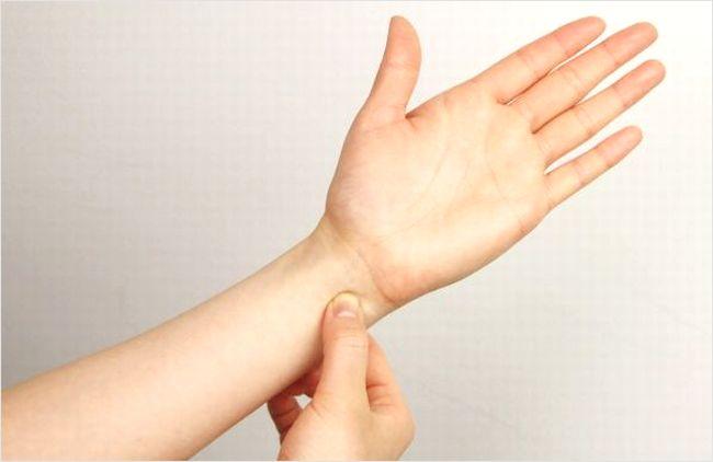 小指側の手首の痛み
